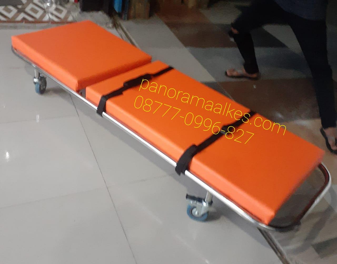 Tandu ambulance